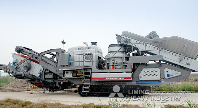 Mobile Jaw Crushing Plant on a Crawler Chassis